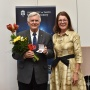 Tõnu Viik with the Director of Tartu Observatory Anu Reinart after being awarded he medal. Photo: Karin Pai