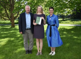 PhD Kristi Uudeberg (in the middle) with supervisor Dr. Anu Noorma and opponent Professor Kalev Sepp.